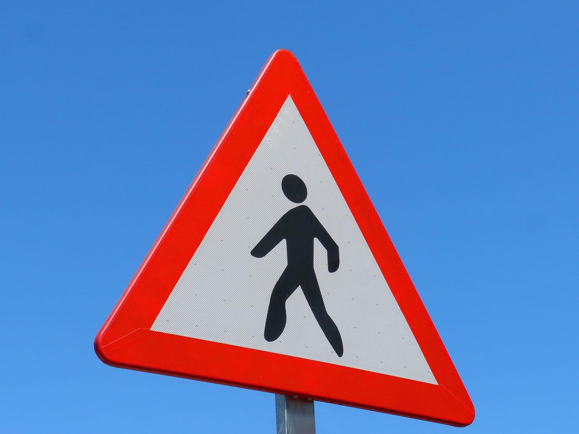 traffic-signal-1394246_1920.jpg